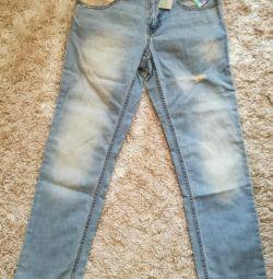 Новые джинсы Benetton на рост 140,