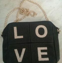 Handbag new avon
