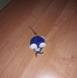 Игрушка мышка для кошек и котов