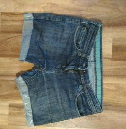 Shorts p 44