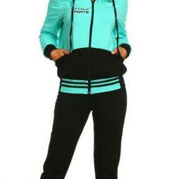 Sport suit. New r