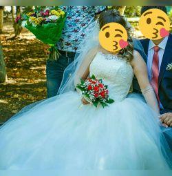 Весільна сукня '' Біла лебідь ''