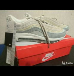 Sneakers 39 size.