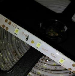 Светодиодная лента 3528 cool white,влагозащищенная