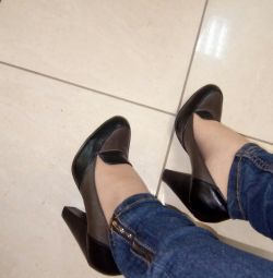Bayan ayakkabı 37 r.