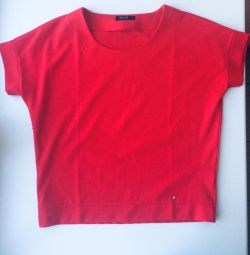 Loose Red T-shirt Reserved