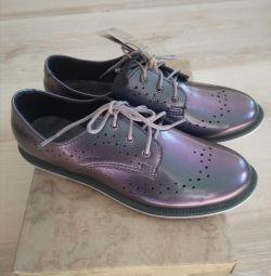 Новые кожаные туфли Лель