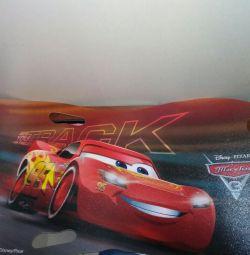 Noi mașini de gheață Disney