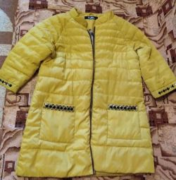The jacket is demi-season, size 40-42-44