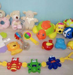 Jucării diferite, sunătoare 0+