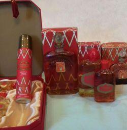 Parfum retro. Moscova Roșie.