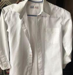 White shirt size 122-128 (7-8 years)