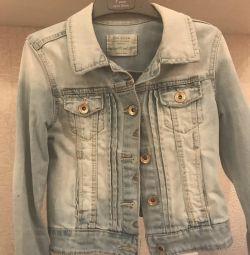 Джинсовая куртка Zara и джинсы