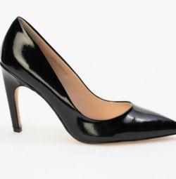 ayakkabı pompaları