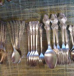 Cupronickel κουτάλια και πιρούνια