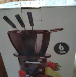 Фондю для плавлення шоколаду