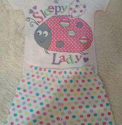 Πιτζάμες και T-shirt για κορίτσια