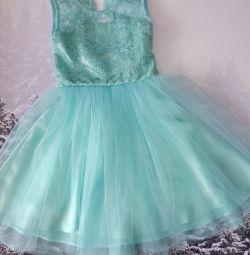 Шикарное платье ручной работы