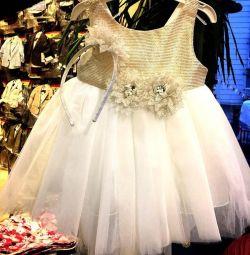I sell - I hand over new children's dresses!