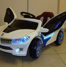 Дитячий електромобіль BMW I8