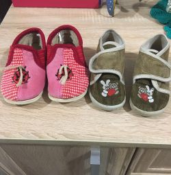 Shoes for girl size 21