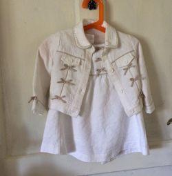 Rochie elegantă, cu o jachetă pentru o fată