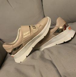 Ανδρικά παπούτσια Carlo Pazolini