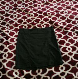 Μαύρη στενή φούστα Terranova xs-s