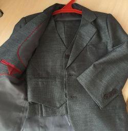 Τρεις κομμάτι κοστούμι