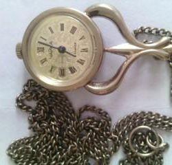 Часы механические чайка