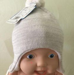 Hat Lessie, new