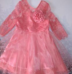 Коралловое новое платье