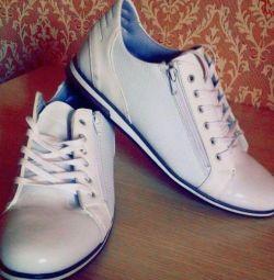 Νέες μπότες ανδρών
