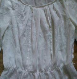 Куча летних рубашек и блузок