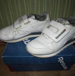 Spor ayakkabı ribok orijinal