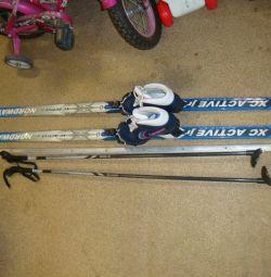 παιδικό σκι σκανδιναβικό πλαστικό με μπαστούνια και μπότες