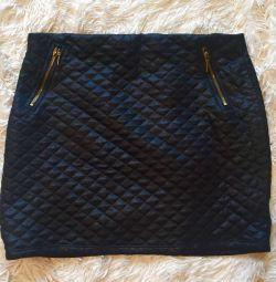 Μαύρη φούστα 🔥
