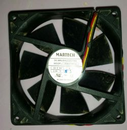 Вентилятор 9x9 см
