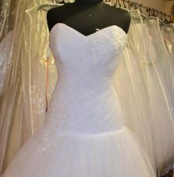 Нове весільну сукню р. 42-44-46
