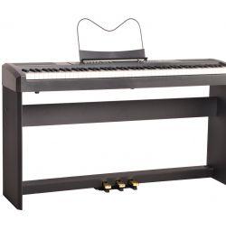 Ringway RP-35 Digital Piano