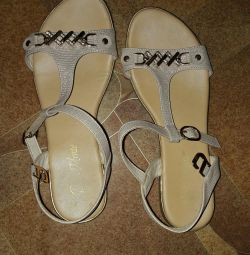 Pembe sandalet p 37