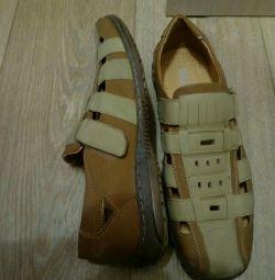 Sandals size 45