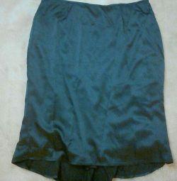 Νέα φούστα από μετάξι
