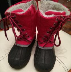 Winter boots. 21 r.