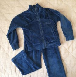Velor children's sports suit 1,5-2 years