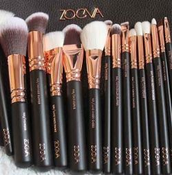 Brushes for make-up set