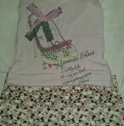 Skirt + T-shirt