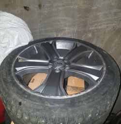 Wheels for Land Rover