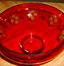 Продам красную стеклянную вазу. СССР.   Ваза для ф