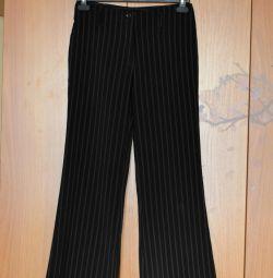 Классические брюки 44 р-р